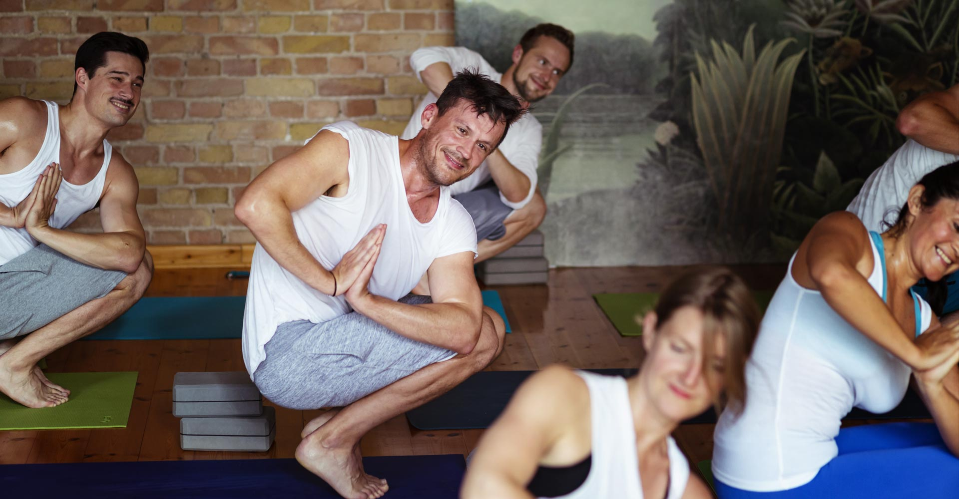 Power Vinyasa Flow Yoga Berlin