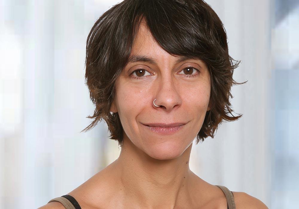 Paola Pillai Yogalehrerin yogafürdich