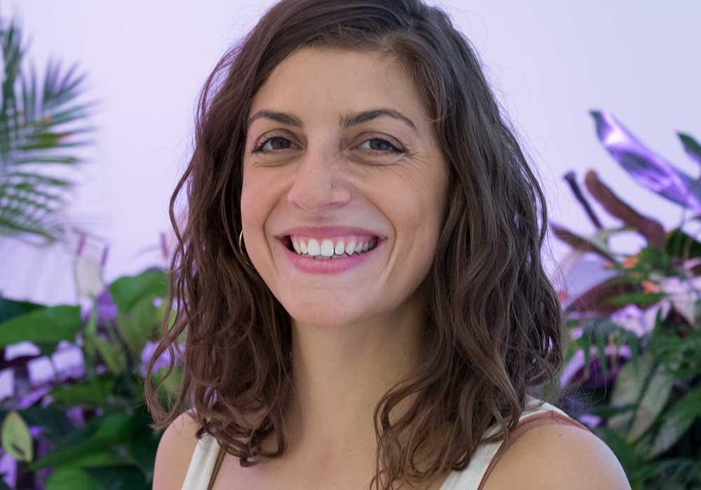 Dorothea Shelev Yogalehrerin yogafürdich