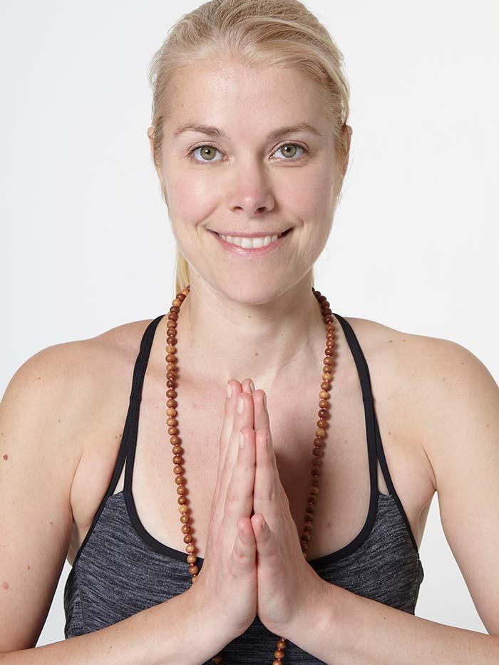 Katharina Dauenhauer Yogalehrerin yogafürdich