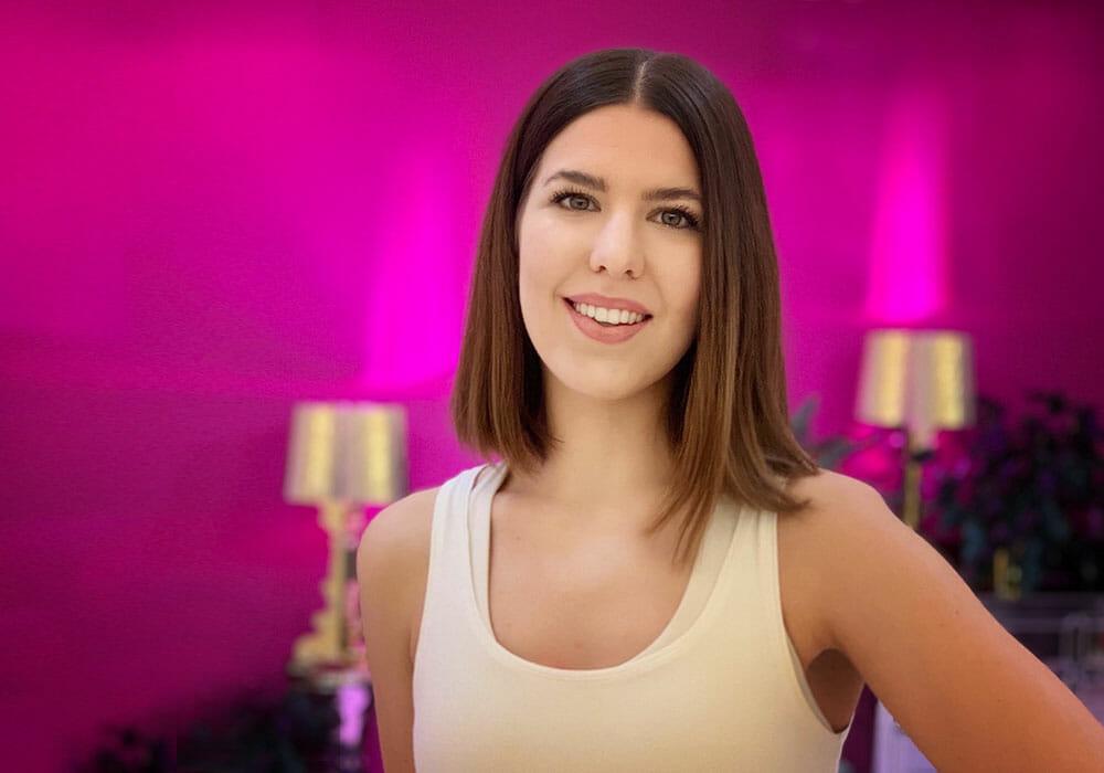 Marietta Meister Yogalehrerin yogafürdich Berlin